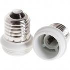 Plastic white plug adapter E27 bulb to E14 bulb, in plastic 5x5x4,7cm